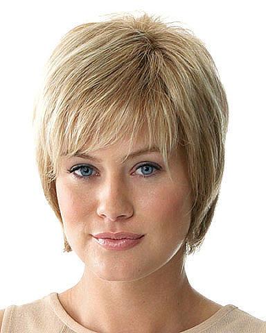 Классические стрижки на короткие волосы с челкой